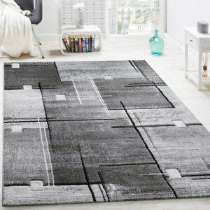 Geometric Pattern Rug Grey Living Room