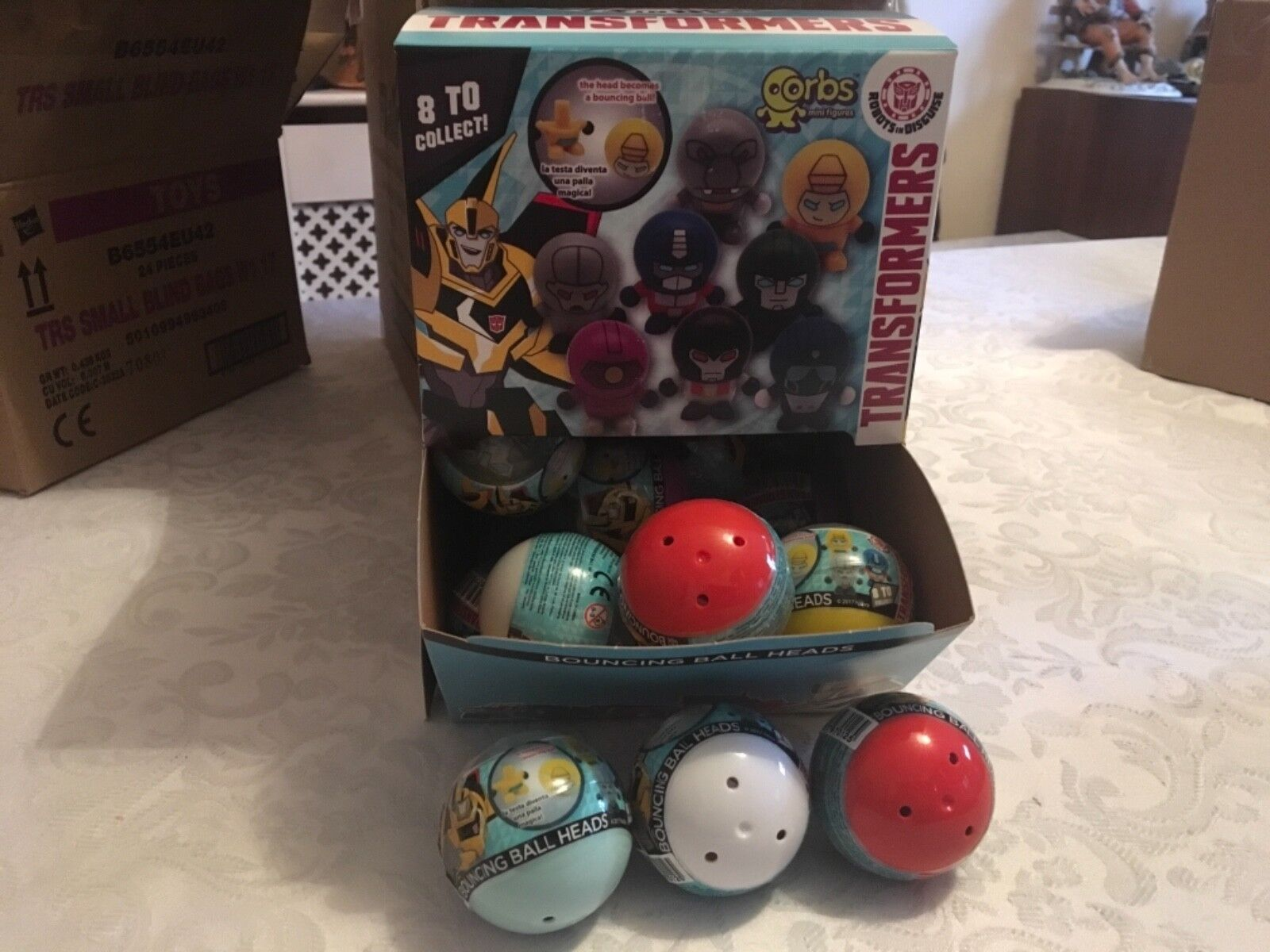 16 x OFFICIAL TRANSFORMERS ORBS BLIND BAGS BOUNCING BALL HEADS 2 of each colour