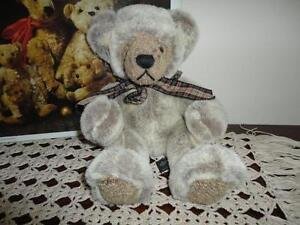 Russ Berrie WESLEY Bear Handmade 100343 Retired 11 inch