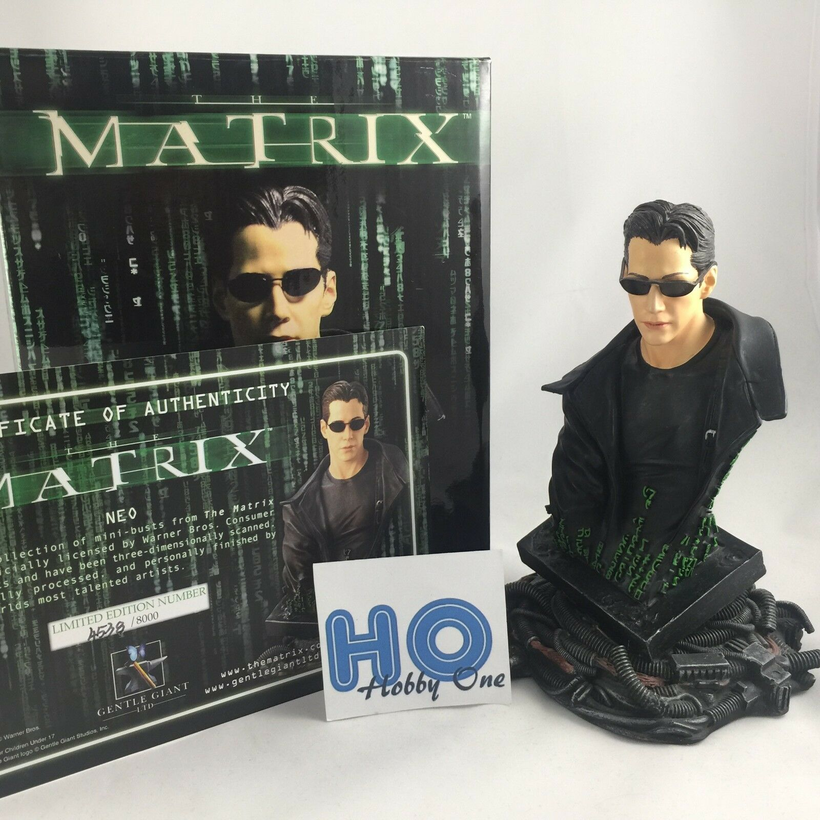The matrix-collectible mini bust-neo-Gentle Giant-lim.8, 000 exs