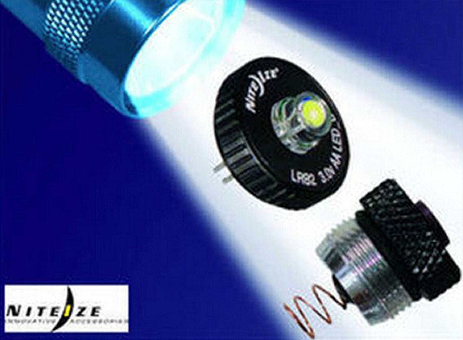 Nite Ize MAGLIGHT Torche Torche Torche LED Lumière Combo 2 Upgrade Kit convertisseur AA blanc luc207 1af27b