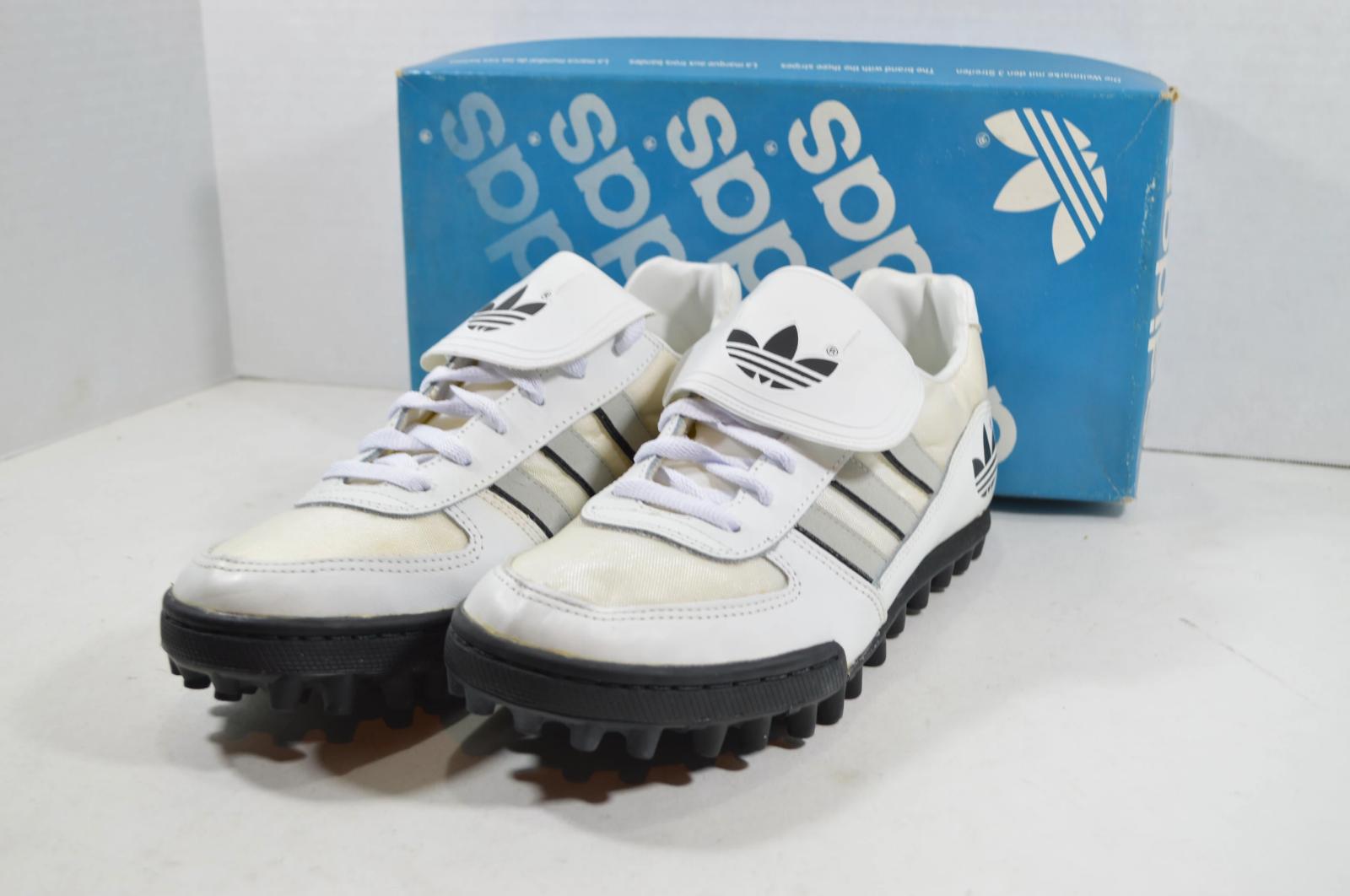 Vintage Anni 80 Nuova Adidas Uomo 6.5 Sudden Impact Calcio Turf Tacchetti Bianco