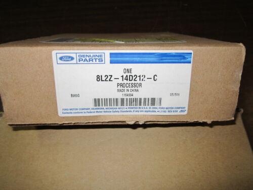 FORD OEM 8L2Z-14D212-C   Electrical-Module  NEW 8L2Z-14D212-C