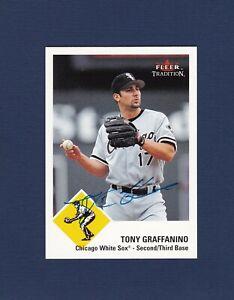 Tony Graffanino signed Chicago White Sox 2003 Fleer Tradition baseball card