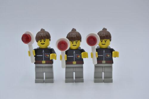 LEGO 3 x Figur Frau Feuerwehr schwarz Flamme Hose althell grau Zopf firec012