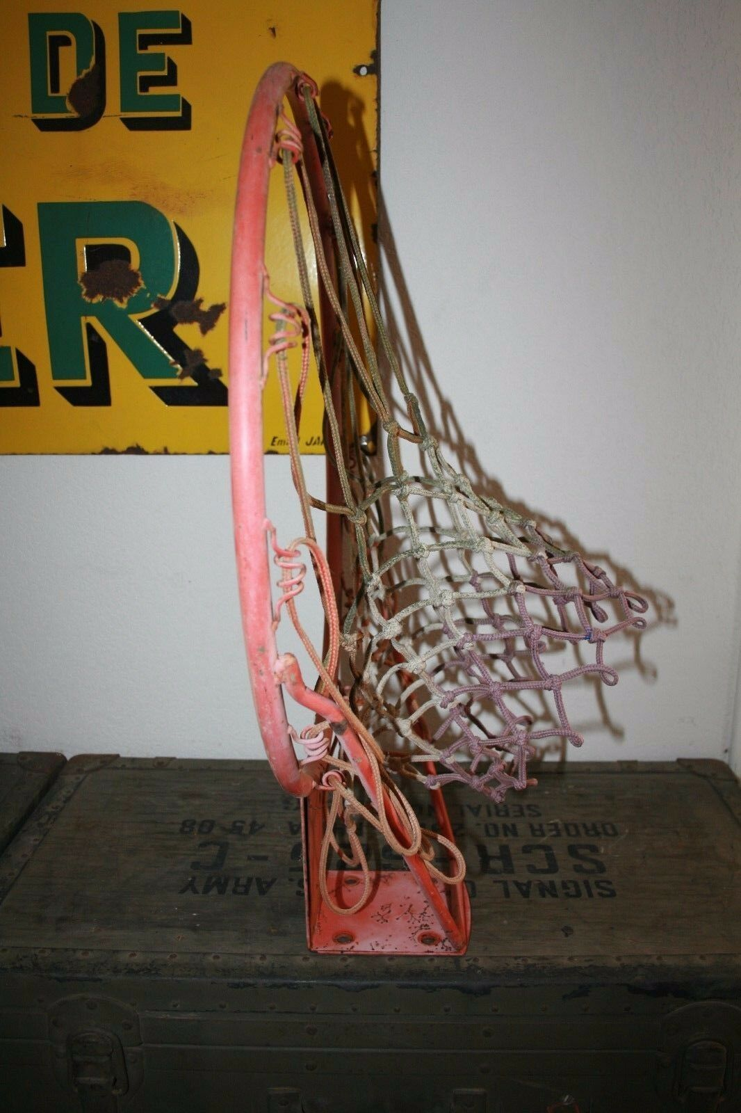 Authentic Vintage 80'S Basket Ball Hoop on Stand Iron & Sound Net Genuine Oem