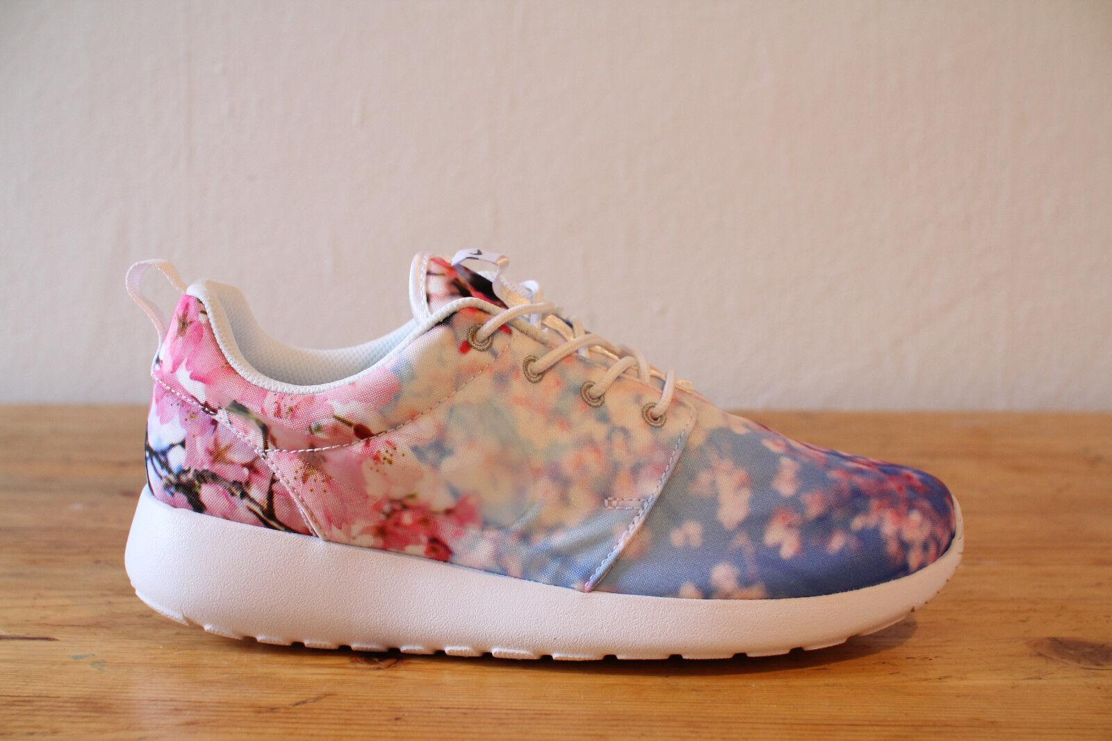 Nike Roshe One Print Cherry Blossom Pack Size 38,39,40 NEW & OVP Run