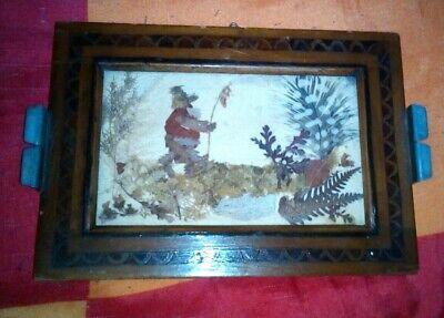 Alter Bilderrahmen Holz Mit Bildnis Eines Bären, Von Hand Aus Blüten Hergestellt Im Sommer KüHl Und Im Winter Warm