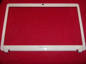 Packard-Bell-Easynote-LS44-Contour-Ecran-Bezel-Cover-blanc