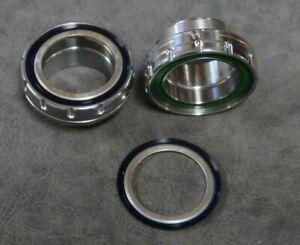 White-Industries-30mm-BSA-Bottom-Bracket-SILVER