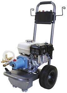 Cold Water 4 GPM Gas Pressure Washer 4400 PSI CAT Pump