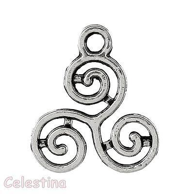 Celtic Knot Triskelion Charm//Pendant Tibetan Antique Silver 16mm  20 Charms