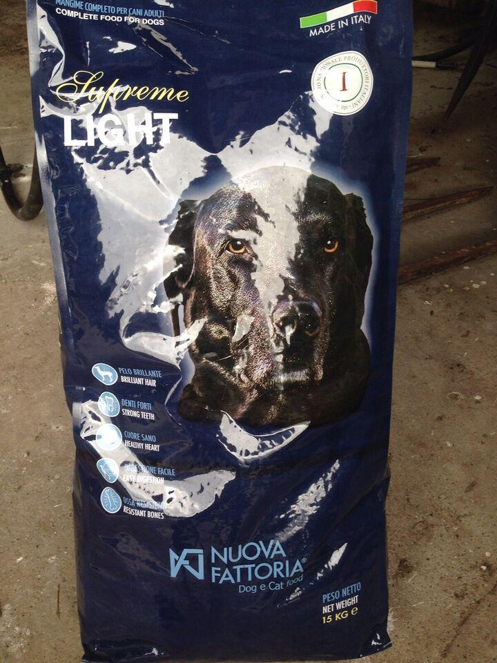 Hundefoder, Nuova Fattoria Light