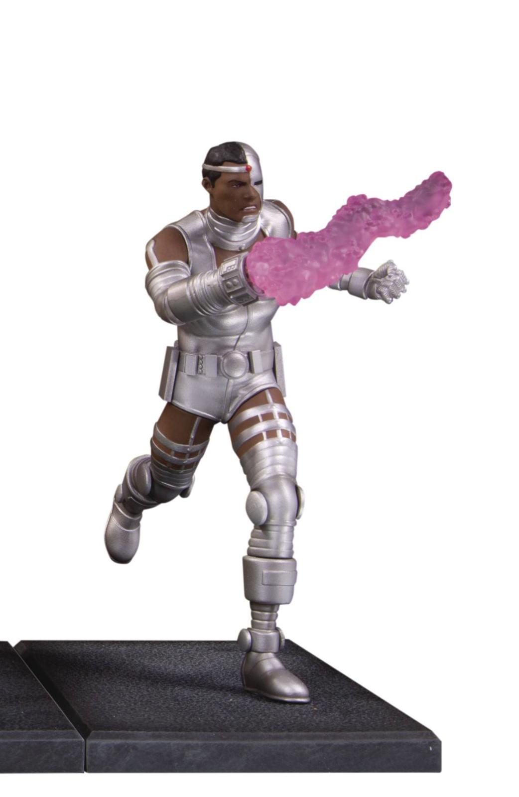 The New Teen Titans Cyborg Multi-Part Statue Diorama Dc Comics