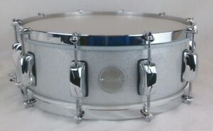 Click-5-5x14-10ply-Maple-Electric-Silver-Sparkle-No-Flange-Hoops