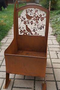 Edelrost Pflanz Stuhl Filigran Vogelmotiv Blumen Garten Terrasse
