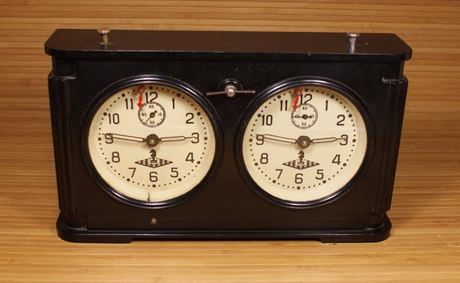 Années 1950 Bakélite CASE tournoi d'échecs Horloges URSS Soviet Era