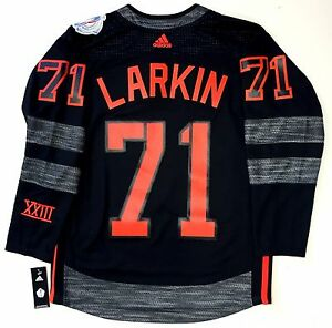 the best attitude 24e90 5ce79 Details about DYLAN LARKIN NORTH AMERICA 2016 WORLD CUP OF HOCKEY ADIDAS  JERSEY RED WINGS NEW