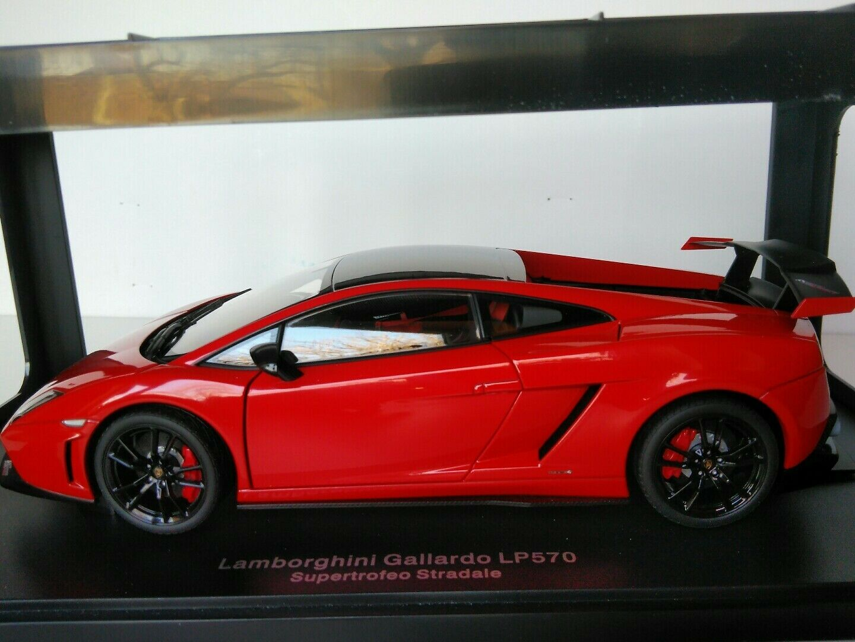 Lamborghini Gallardo LP570 Supertrofeo Stradale 1 18 AutoArt