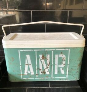 ANR AUSTRALIAN NATIONAL RAILWAYS Vintage Willow Brand Esky Portable Ice Cooler