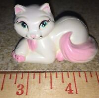 "2004 Serafina the Cat 2"" PVC White Cat Figure Barbie Princess And The Pauper"