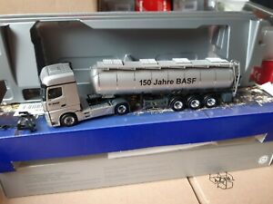 Actros-giga-11-basf-we-create-Chemistry-150-anos-basf-quimica-Tank-Exclusiv