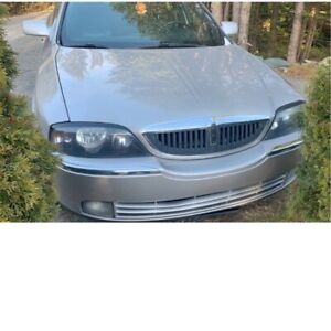 2005 Lincoln LS.