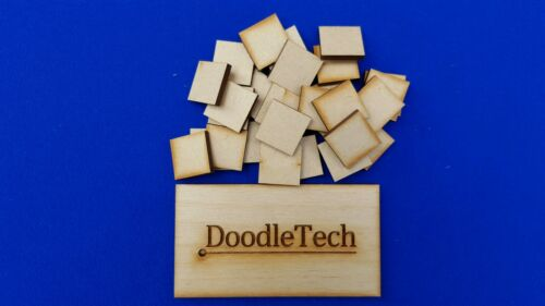 50 x Blank Square 20x20mm Craft Embellissement MDF Laser Cut en bois forme