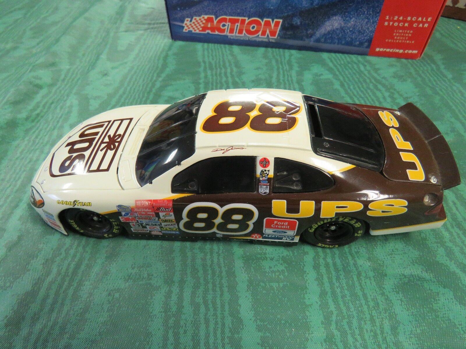 NASCAR 1 24 DIECAST DALE JARRETT,UPS,ACTION,2001 FORD TAURUS LIMITED EDITION