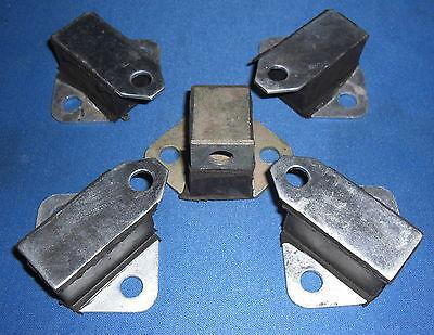 JLM9542 X 1 JAGUAR EXHAUST MOUNTS FIT E-TYPE SERIES 1 C8397 X 4