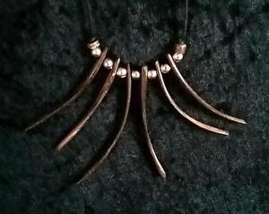 Anhänger Halskette 6-7cm Holz Amulett Om Ohm Aum Tribal Stäbchen