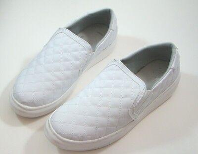 Sneaker Size 9.5 M LNR-16