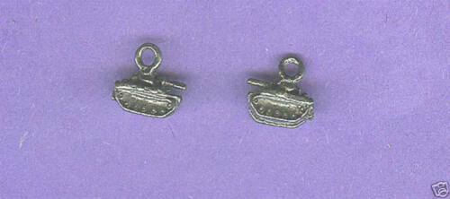 20 wholesale lead free pewter tank charms 1208