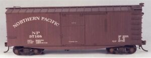Funaro-F-amp-C-HO-Northern-Pacific-36-039-wood-radial-roof-DS-Boxcar-Kit-1006