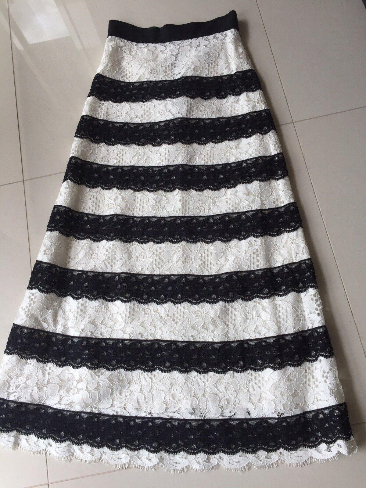 Vilshenko Lace  Skirt  Size 6 Fits 6-8 Aau Ask About Measurements RRP   1890