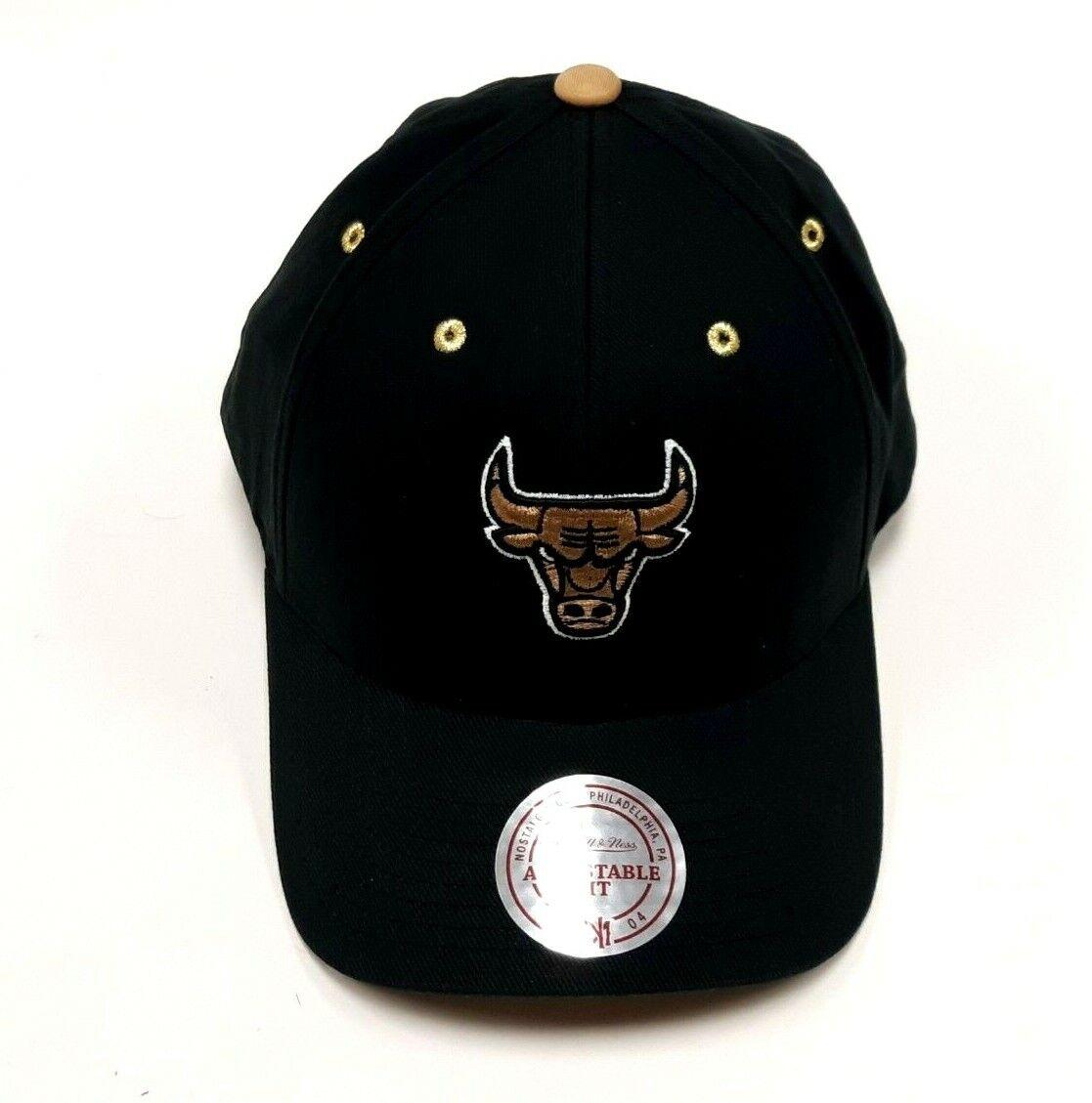 Chicago Bulls Mitchell /& Ness 110 Flexfit Snapback Cap