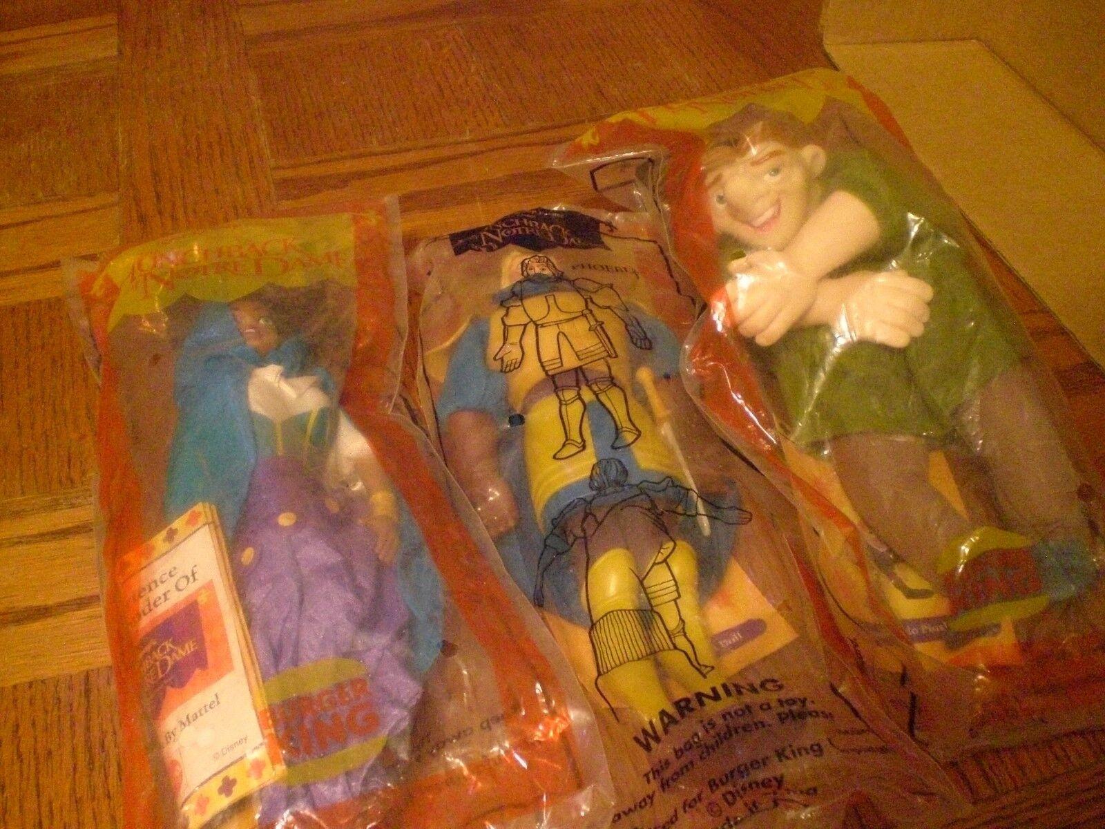 Retro Lote de tres 1995 10 Pulgadas Muñecas. Febo, Esmeralda, Quasimodo. Sellado.