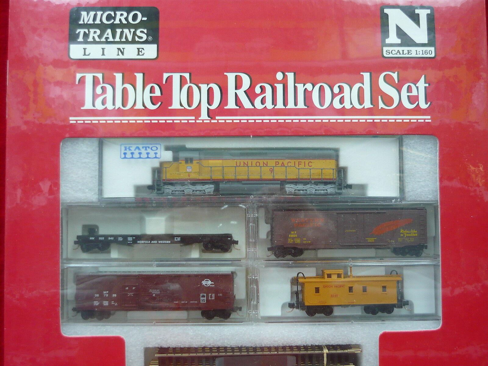Union Pacific Kato SD-45 N Scale Micro-Trains Table Top Set NIB