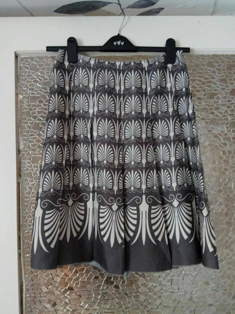 MARNI PLEATED SKIRT SIZE  IT 40,