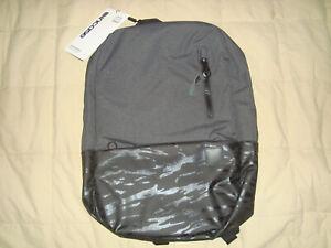 NEW-Incase-Compass-Backpack-Laptop-Black-Fits-15-034-Macbook-iPad-Back-Pack-Bag