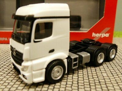 weiss Herpa 309905-1//87 Mercedes-Benz Actros Streamspace 2.3 ZgM 3-achs