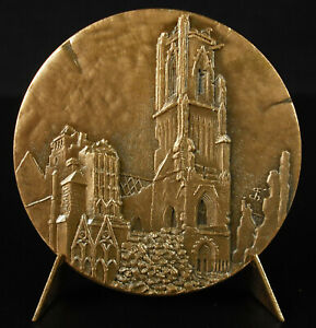 Medal-Church-st-Croix-of-Saint-Lo-Destroyed-58-mm-1974-Arms-Medal