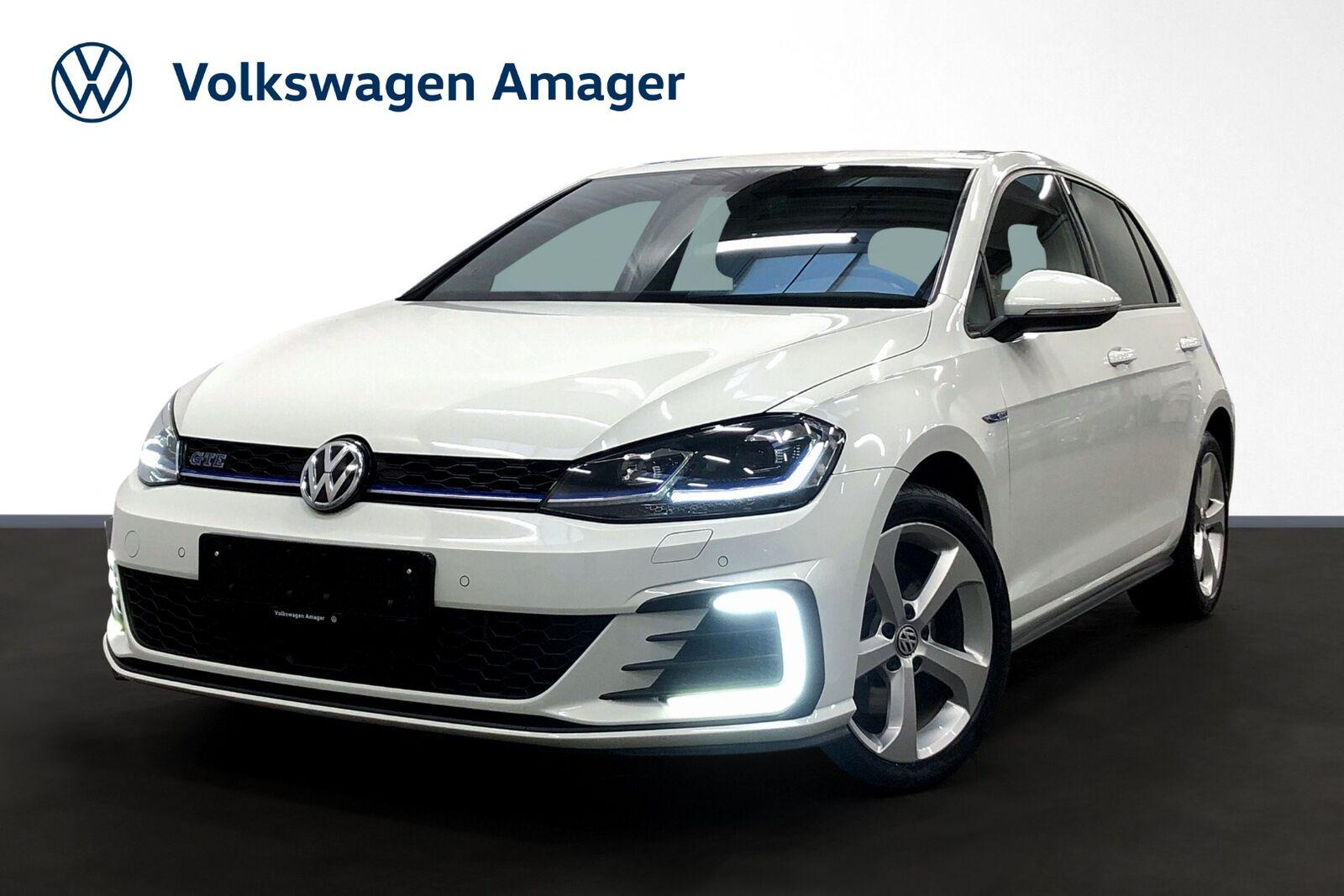 VW Golf VII 1,4 GTE DSG 5d - 239.900 kr.