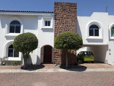 Casa en Renta Fracc. enfrente de Plaza San Diego, Cholula