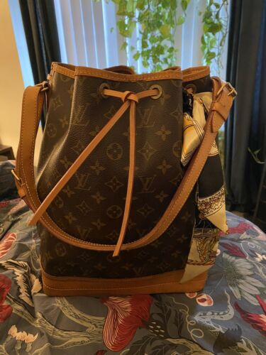 Louis Vuitton Noe GM Drawstring Handbag