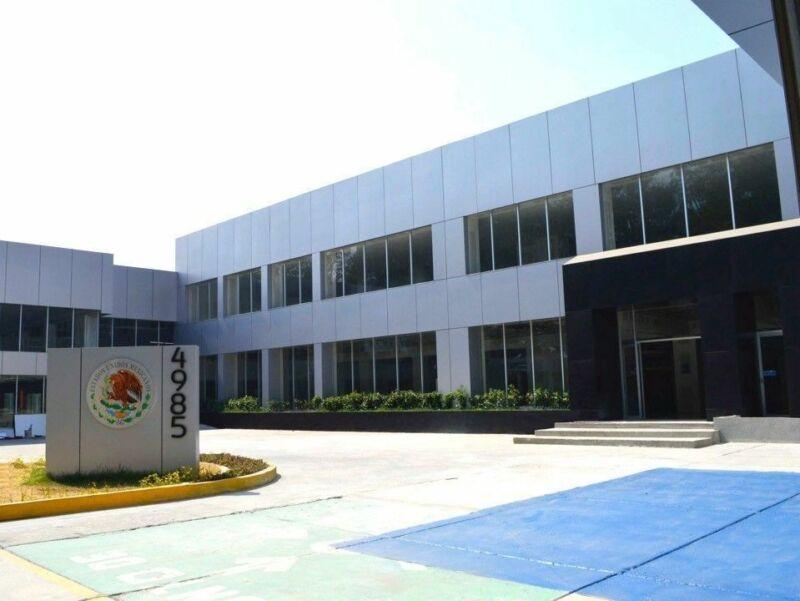 Edificio - Oficinas, Calzada México Xochimilco, Delegación Xochimilco