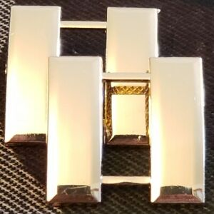 WWII-US-ARMY-OFFICER-039-S-CAPTAIN-RANK-INSIGNIA-GOLD-BADGE-PAIR
