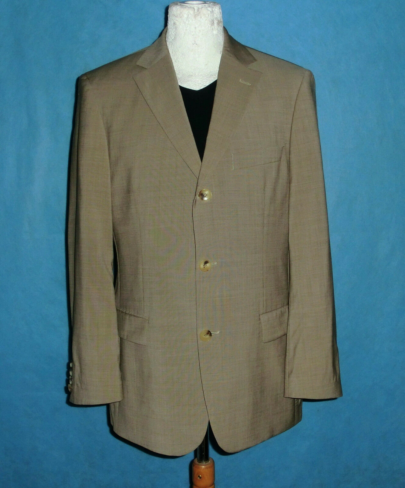 Veste de costume HUGO BOSS modele :rossellini/cinema taille 48 tres bon etat