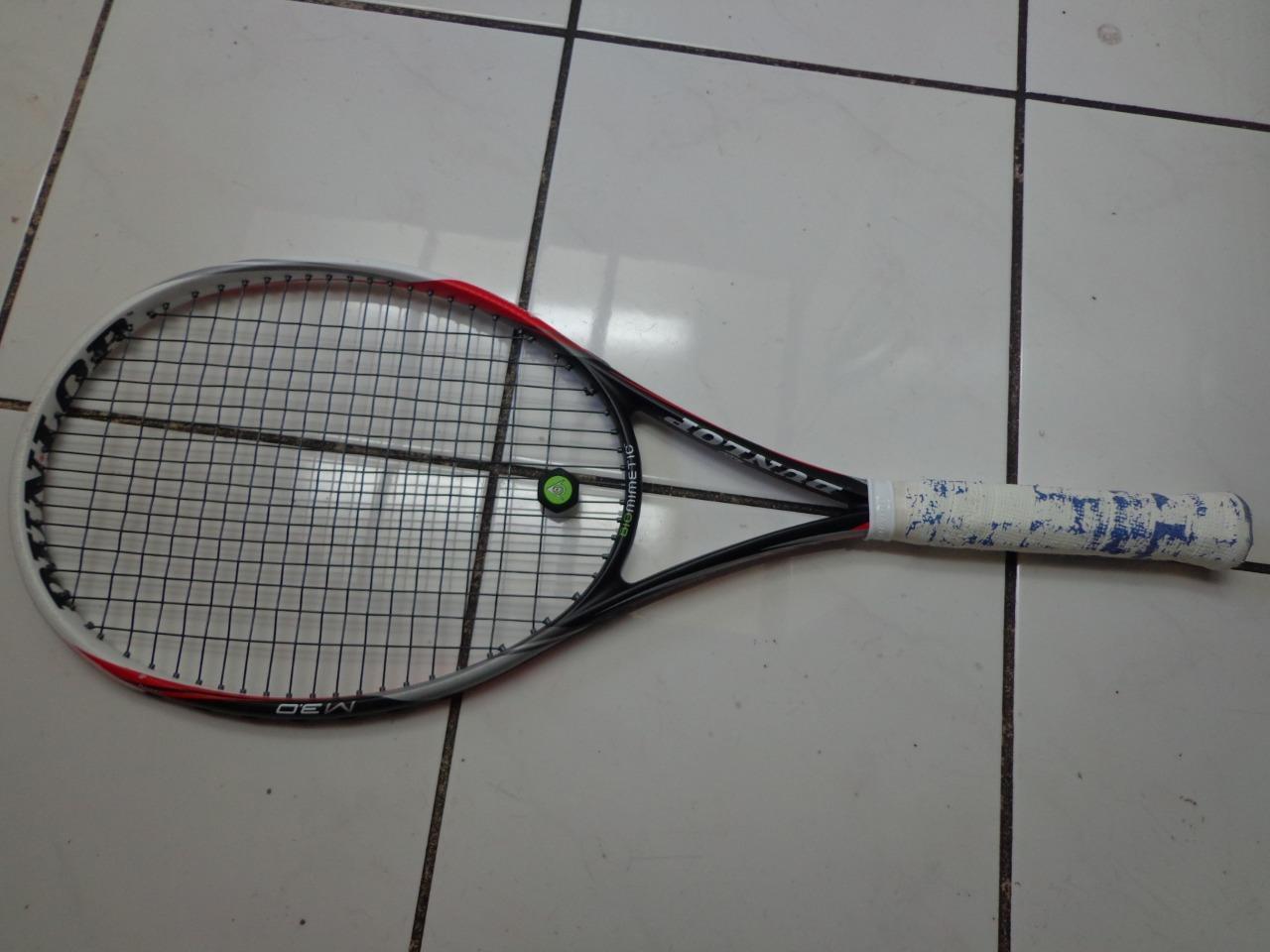 Dunlop Biomimetic m 3.0 98 head 4 1 2 grip Tennis Racquet