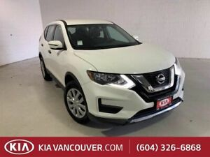 2017 Nissan Rogue S AWD | Bucket Seats | Daytime Running Lights | Bluetooth Connection